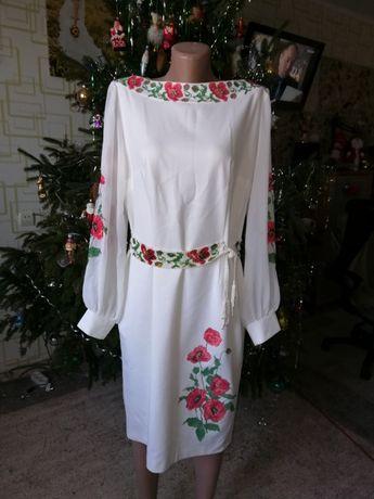 Терміново. Чарівне плаття в українському стилі  1 600 грн. - Жіночий ... 91a589ba74181