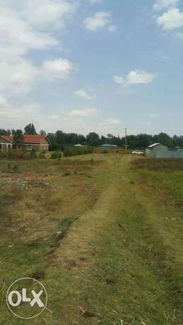 1/4 plots at kimumu with titles good for residential Eldoret North - image 1