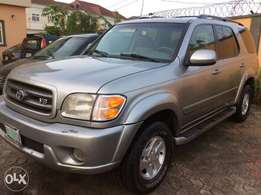 Very neat 2003 Toyota sequoia at a given away price