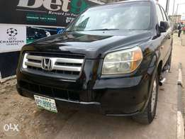 Super clean Black Honda Pilot 2006