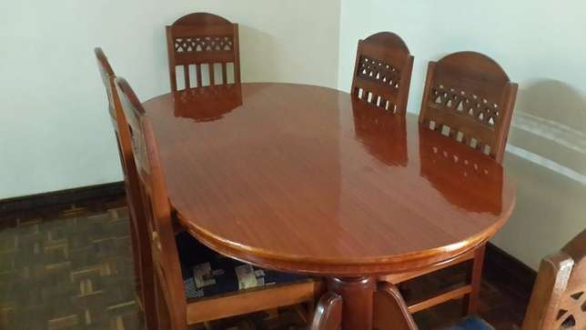 Dining Table Westlands - image 6