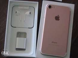 (32 Gb) Rose Gold iPhone 7 for sale