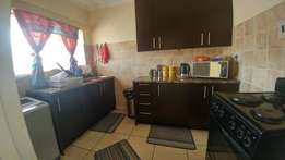 Rent a gorgeous 2 bedroom Flat in the Meyerton Central