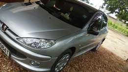 Peugeot 206 in excellent condition.1.4 L Automatic.