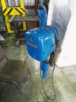 Demag 1ton hoist
