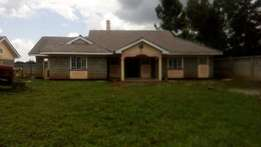 Upper Elgon VIEW 4 BEDROOM EXECUTIVE BUNGALOW + Guest Wing +Terrace (A