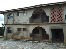 3 bedroom flat at behind first Bank Olohunsogo Ibadan
