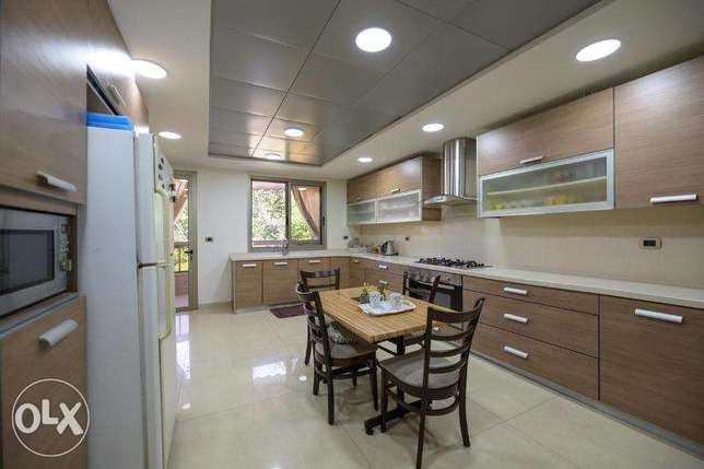A-2993: Super Deluxe Apartment for sale in Ain Saade 400m2