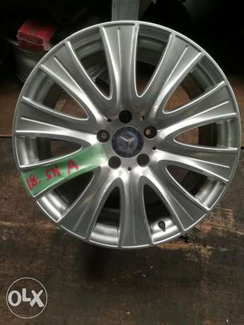 """Mercedes 18"""" Rims Made in Italy Industrial Area - image 1"""