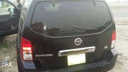 Clean Nissan Pathfinder for sale