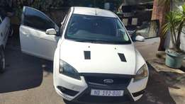 200 ford focus for sale or swop