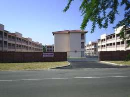 Flat for sale in secure complex, walking distance to CBD