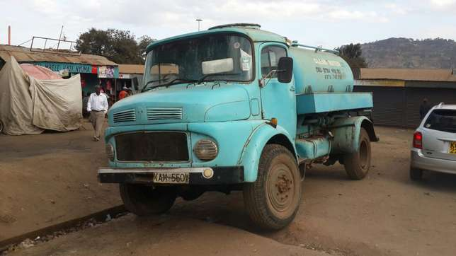 Lorry. Mercedes 911, water bowser Mjini - image 3