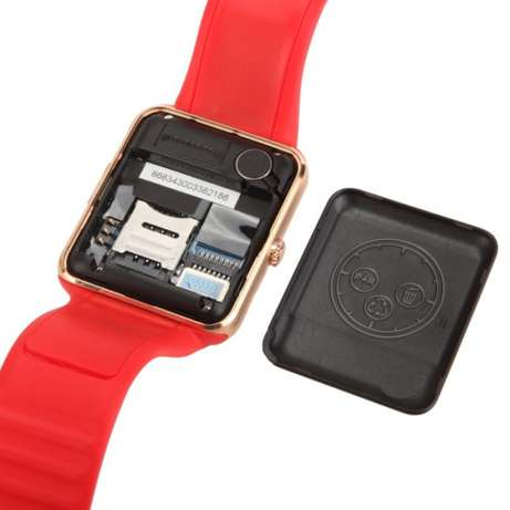 Red and gold smart phone watch Mbombela - image 1