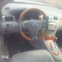 Tincan Cleared Tokunbo Lexus ES330, 2005, Full-Option, Very Excellent.