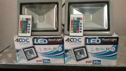 2 x 20 watt RGBYW Led floodlights