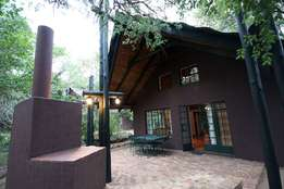Bargain - Gold Crown 6 Sleeper Luxury Accommodation Kruger Gate 14 Apr