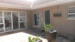 Furnished and serviced one bedroom garden flat in Beacon bay