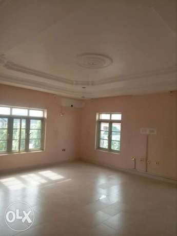 4bedroom detached duplex with 3rooms BQ at Gwarinpa Estate Abuja - image 4