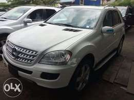 First grade Toks 2007 Mercedes Benz Ml350 4matic for sale. Duty paid