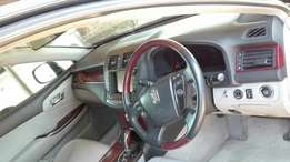 Car sale for a toyota crown royal saloon