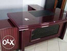 HQ Equitable and Durable Office Executive Table 1.6m(New)