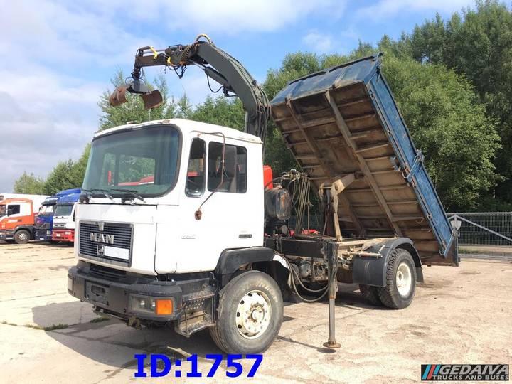MAN 19.262 Tipper + Crane Fassi - 1989