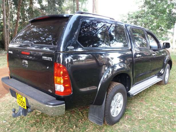 Muliti-purpose 4wd! Toyota Hilux D/Cab Manual Diesel 4wd Very Clean Karen - image 1