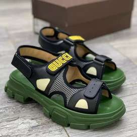 b91a8c33423 Gucci in Clothing   Shoes