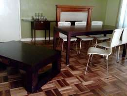 Fantastic Value : Furniture : Diningroom table & chairs + coffee table