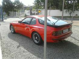 1989 Porsche 944 in good condition