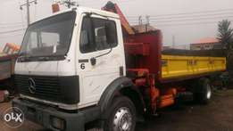 Tokunbo 17:22 Mercedes Benz truck with 6tons Hiab