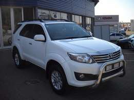 2013 TOYOTA FORTUNER 4.0 v6 ltd edition 4x4 auto 52000km R349950