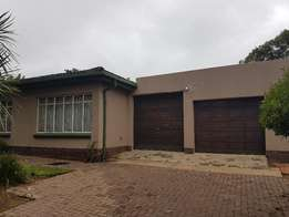 Ermelo East 3 Bedroom house, 2 Garges, 2 Bathrooms