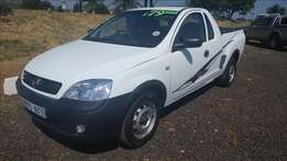 Opel Corsa 1.4 Utility, S/C, White, Km87424 R79,900 Trade-in yes