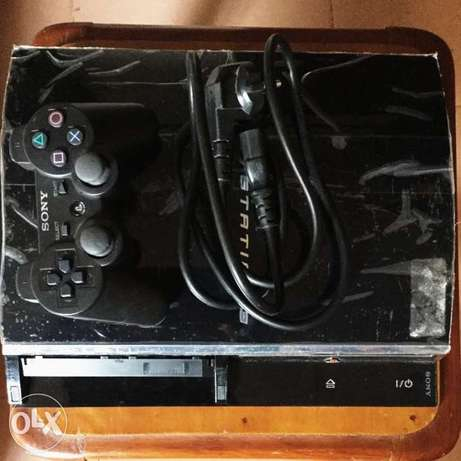 PlayStation 3 fat with red light of death Enugu North - image 2