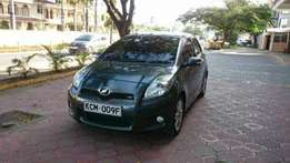 Toyota Vitz RS manual