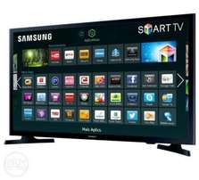 Brand New 32 Inch Samsung Smart LED TV - Black. Free Delivery!