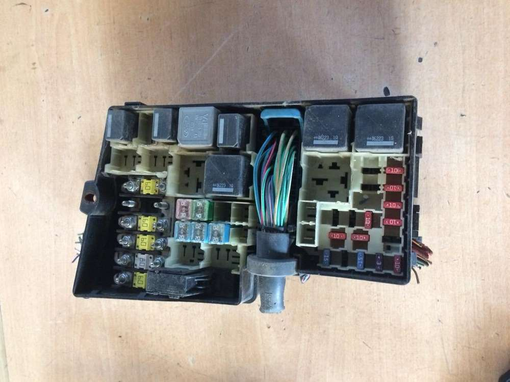 ford focus 2.0 tdci fuse box for sale - car parts & accessories - 1060062612  olx