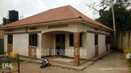 Bweyogerere 3 bedroom stand alone at 600k