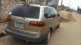 Toyota sennia first body very clean 1999 Buy and drive