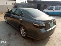 A smooth and neatly used 2008 Toyota camry, ac, cd, fabrics, alloy.