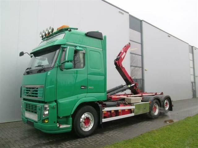 Volvo FH16.750 6X2 GLOBE XL RETARDER JOAB HUB REDUCTIO - 2013
