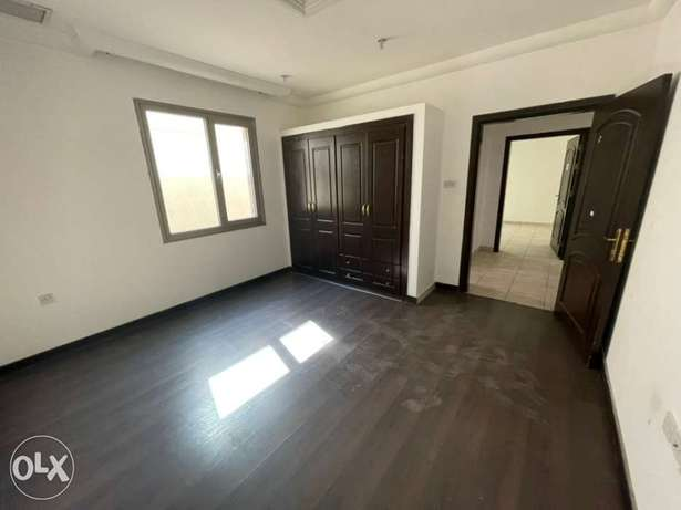 full villa 3 floor 18 bed room for rent mangqf area