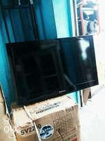 Neat original Samsung plasma tv 32inches