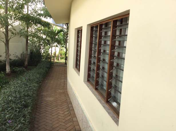 Nyali 5 Bedrooms Maisonette on 1/2 Acre plot For Sale Nyali - image 7