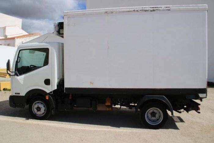 Nissan Cabstar 35.11/2 Cabina Fija - 2012