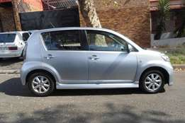 sirion diahatsu 1.3 hatchback,silver grey,2009 model,for sale
