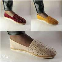 Wholesale for 8 shoes at 5000
