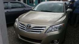 Tokunbo Toyota Camry Xle, DVD,Camera,Navigation, Leather, Bluetooth